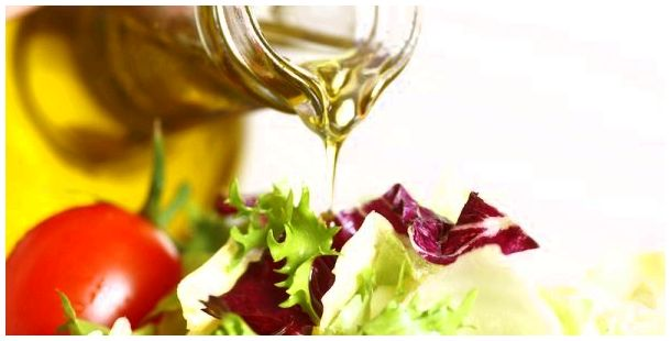 Essential olive oil reduces cancer of the breast risk legumes, nuts, fruits